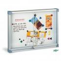 Vitrina para anuncios superficie blanca puertas metraquilato